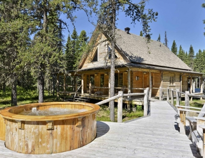 Marvelous Deluxe Log Cabin For Rent In Canada Near Quebec City Le Totem Interior Design Ideas Clesiryabchikinfo